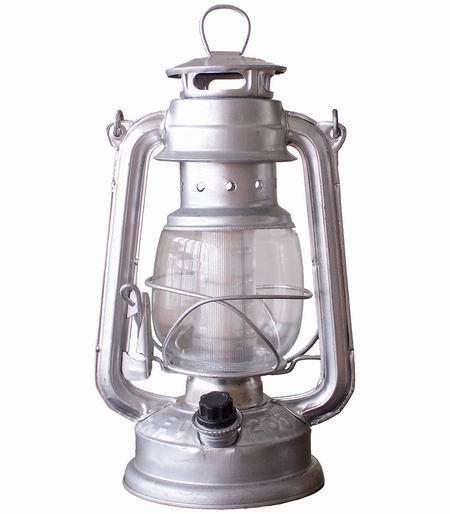 Super Bright 16 LED Storm / Hurricane Lantern