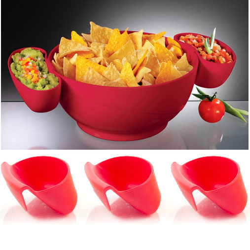 3-Clip-On-Dip-Bowls-Makes-Serving-Chips-and-Dip-Easier