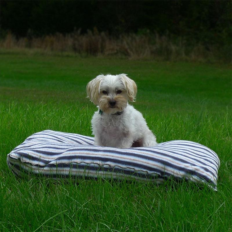 25in-x-30in-Super-Soft-Fleece-Dog-Beds