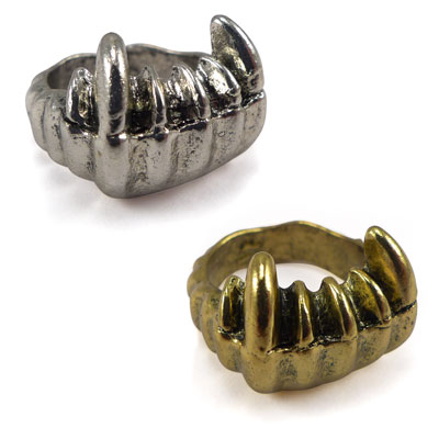 Fang Ring - Give Yourself An Evil Finger! SHIPS FREE!