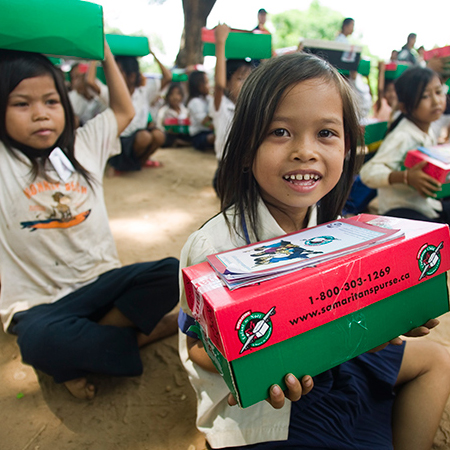 Shoebox for Operation Christmas Child - Give a Little Love!
